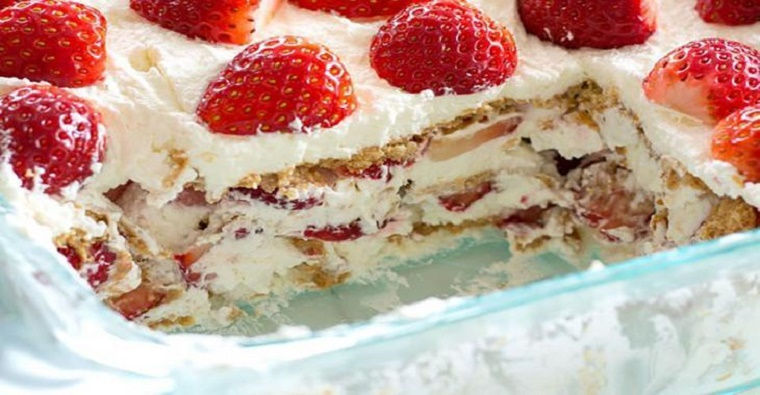 Le gâteau Graham et fraises